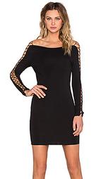 Обтягивающее платье - WYLDR
