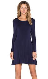 Платье-футляр с длинным рукавом - BLQ BASIQ