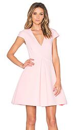 Мини платье с коротким рукавом и v-образным вырезом - Halston Heritage