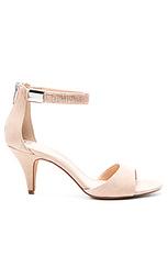 Обувь на каблуке mistin - Vince Camuto
