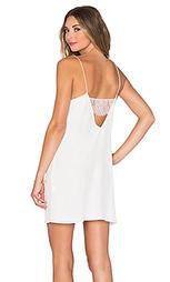 Платье с кружевной спинкой - CAMI NYC