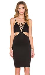 Платье с перекрестными пряжками - REVERSE