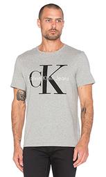 Футболка с круглым вырезом и коротким рукавом - Calvin Klein