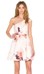 Мини платье с открытыми плечами - keepsake