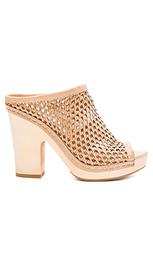 Обувь на каблуке brooks - Dolce Vita