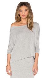 Пуловер с открытыми плечами и длинным рукавом - Beautiful People