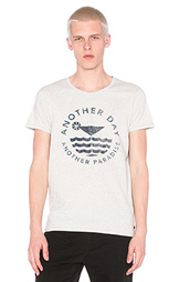 Футболка shortsleeve tee in melange jersey with monochrome artwork - Scotch & Soda
