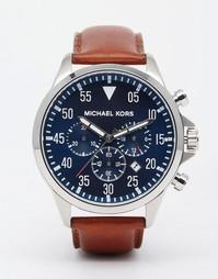 Часы-хронограф с коричневым кожаным ремешком Michael Kors Gage MK8362