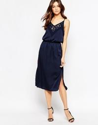 Платье с кружевной отделкой Y.A.S Feline - Синий