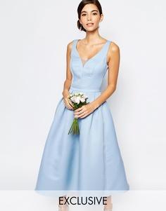 Приталенное платье миди с вырезом капелькой сзади Chi Chi London