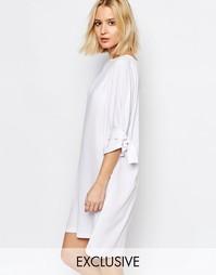 Цельнокройное платье с завязками на рукавах House of Sunny - Белый
