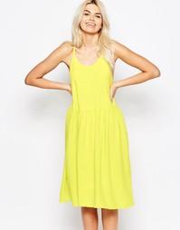 Платье с перекрещивающимися на спине бретельками-спагетти The WhitePep
