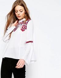 Блузка с сетчатой вставкой и вышивкой ASOS - Белый