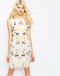 Декорированное платье‑футляр Needle & Thread - Мел