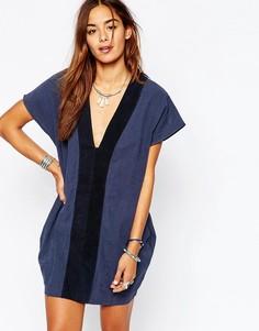 Темно-синее платье с замшевыми вставками One Teaspoon Bangalow