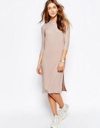Платье в рубчик с высокой горловиной ASOS - Розовый