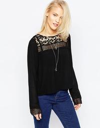 Блузка с длинными рукавами и ажурной кокеткой Brave Soul - Черный