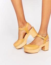 Коричневые кожаные туфли на каблуке Swedish Hasbeens - Естественный
