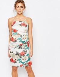 Жаккардовое платье-футляр с цветочным узором True Decadence - Мульти