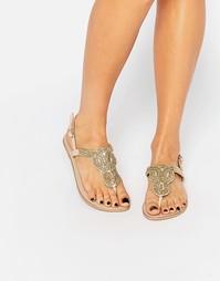 Телесные кожаные сандалии с декоративной отделкой Pieces Carmen