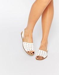 Белые кожаные сандалии с перфорацией Pieces Evey - Снежно-белый