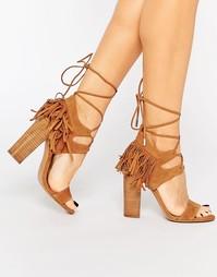 Светло-коричневые замшевые сандалии на каблуке Kendall & Kylie Saree