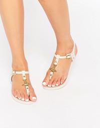 Белые сандалии с перемычкой между пальцев Vivienne Westwood For Meliss
