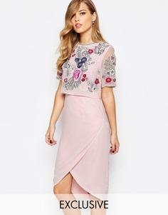 Платье-футляр с открытой спиной и декорированной накладкой Frock and F