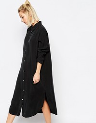 Длинное цельнокройное платье из ткани купро Weekday - Черный
