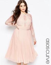 Плиссированное платье миди ASOS CURVE - Телесный