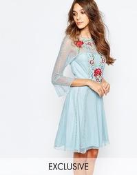 Приталенное платье с вышивкой Frock And Frill - Светло-голубой