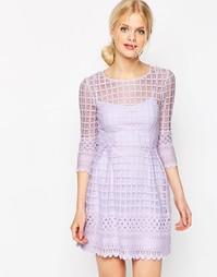 Короткое приталенное платье с вышивкой по краю ASOS - Сиреневый