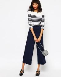 Укороченные брюки с пуговицами Monki - Синий