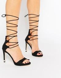 Черные босоножки на каблуке и шнуровке Call It Spring Atnarko - Черный