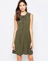 Короткое приталенное платье с завязкой спереди Brave Soul - Оливковый