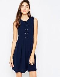 Короткое приталенное платье с завязкой спереди Brave Soul