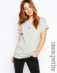 Oversize-футболка с вышитым сердечком ASOS PETITE - Серый меланж