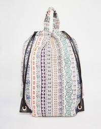 Пляжный рюкзак с принтом пейсли и шнурком ASOS - Мульти