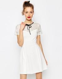 Короткое приталенное платье с высоким воротом и кружевной отделкой ASO Asos