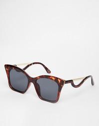Солнцезащитные очки кошачий глаз с фигурными дужками ASOS