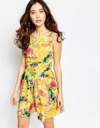 Короткое приталенное платье с цветочным принтом Iska - Желтый