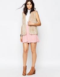 Короткая расклешенная юбка из мягкой ткани Glamorous - Светло-розовый