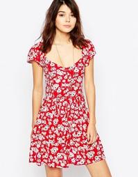 Чайное платье с цветочным принтом и короткими рукавами Brave Soul