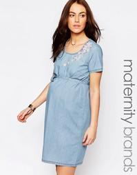 Джинсовое цельнокройное платье для беременных с вышивкой Mamalicious Mama.Licious