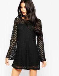 Платье с расклешенными рукавами Motel Smokey - Черный