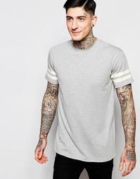 Серая футболка с двумя полосками на рукавах Brooklyn Supply Co