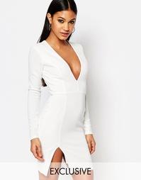 Облегающее платье мини с глубоким вырезом Club L - Белый