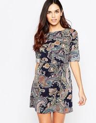 Платье с принтом и завязкой на поясе QED London - Темно-синий