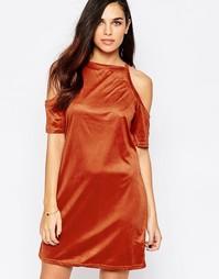 Платье из искусственной замши с открытыми плечами AX Paris