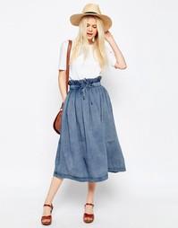Джинсовая юбка миди со сборкой на поясе ASOS - Синий